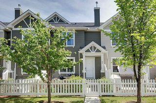 Photo 1: 333 ELGIN Garden SE in Calgary: McKenzie Towne Row/Townhouse for sale : MLS®# C4249507