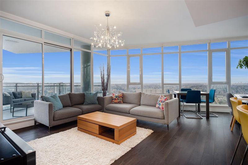 FEATURED LISTING: 3510 - 2008 ROSSER Avenue Burnaby