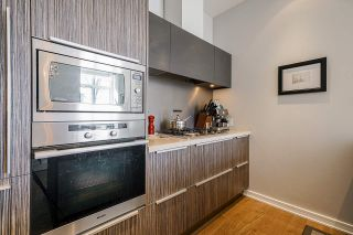 """Photo 9: 2 ATHLETES Way in Vancouver: False Creek Townhouse for sale in """"KAYAK-THE VILLAGE ON THE CREEK"""" (Vancouver West)  : MLS®# R2564490"""