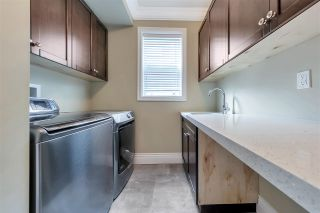 Photo 11: 2124 PATRICIA Avenue in Port Coquitlam: Glenwood PQ House for sale : MLS®# R2583270