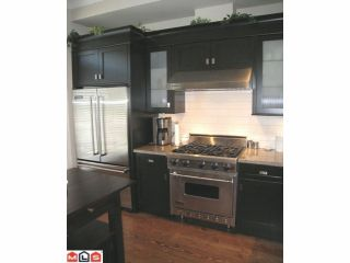 """Photo 11: 104 2580 LANGDON Street in Abbotsford: Abbotsford West Townhouse for sale in """"The Brownstones"""" : MLS®# F1128533"""