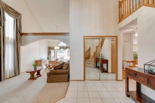 Photo 6: 160 Mt Robson Circle SE in Calgary: McKenzie Lake Detached for sale : MLS®# A1099361