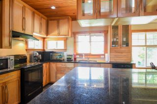 Photo 2: 8971 NOWELL Street in Chilliwack: Chilliwack E Young-Yale House for sale : MLS®# R2397911