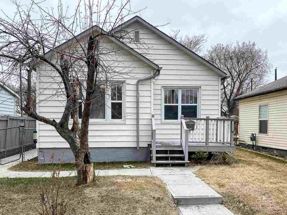 Main Photo: 12120 64 Street in Edmonton: Zone 06 House for sale : MLS®# E4239874