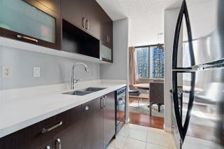 """Photo 9: 908 4105 MAYWOOD Street in Burnaby: Metrotown Condo for sale in """"Time Square"""" (Burnaby South)  : MLS®# R2570116"""