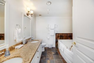 Photo 17: 204 2326 Harbour Rd in : Si Sidney North-East Condo for sale (Sidney)  : MLS®# 880200