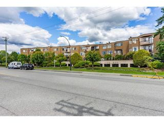 """Photo 2: 7 11900 228 Street in Maple Ridge: East Central Condo for sale in """"MOONLITE GROVE"""" : MLS®# R2590781"""