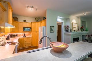 """Photo 6: 122 15500 ROSEMARY HEIGHTS Crescent in Surrey: Morgan Creek Townhouse for sale in """"THE CARRINGTON"""" (South Surrey White Rock)  : MLS®# R2493967"""