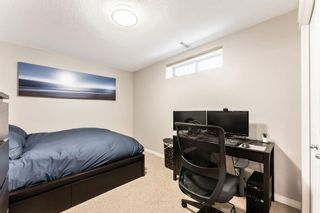 Photo 39: 53 Crestmont Drive SW in Calgary: Crestmont Detached for sale : MLS®# A1118575