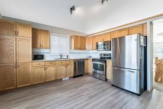 Photo 10: 143 Somerside Grove SW in Calgary: Somerset Detached for sale : MLS®# A1073905