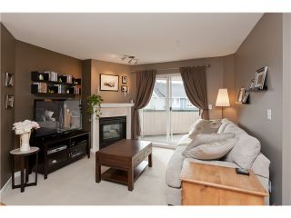 "Photo 2: 305 1618 GRANT Avenue in Port Coquitlam: Glenwood PQ Condo for sale in ""WEDGEWOOD MANOR"" : MLS®# V989074"