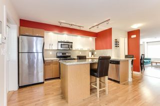 """Photo 8: 8 19448 68 Avenue in Surrey: Clayton Townhouse for sale in """"Nuovo"""" (Cloverdale)  : MLS®# R2368911"""