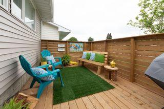 Photo 3: 11427 38 Avenue in Edmonton: Zone 16 House for sale : MLS®# E4249009