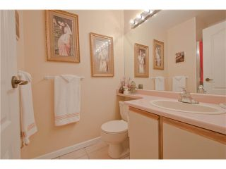 """Photo 16: 203 15439 100 Avenue in Surrey: Guildford Townhouse for sale in """"Plumtree Lane"""" (North Surrey)  : MLS®# F1404844"""