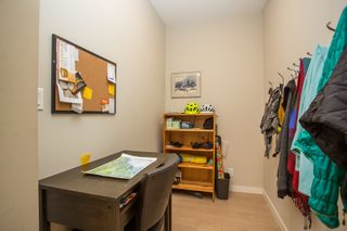 """Photo 10: 202 135 W 2ND Street in North Vancouver: Lower Lonsdale Condo for sale in """"CAPSTONE"""" : MLS®# R2547001"""