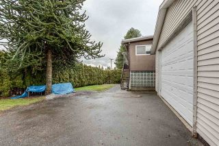 Photo 13: 407 DRAYCOTT Street in Coquitlam: Central Coquitlam House for sale : MLS®# R2417540