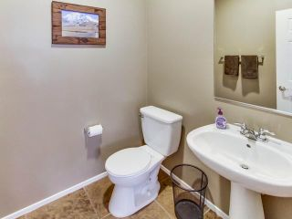 Photo 8: EL CAJON House for sale : 3 bedrooms : 1440 Caracara Circle