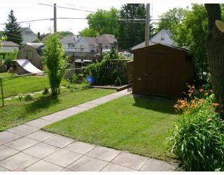 Photo 10: 330 QUEEN Street in WINNIPEG: St James Residential for sale (West Winnipeg)  : MLS®# 2814466