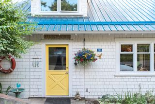 Photo 3: 280 Churchill Rd in : GI Salt Spring House for sale (Gulf Islands)  : MLS®# 884517