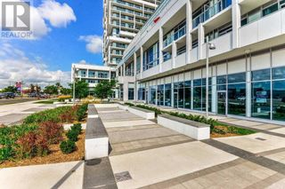 Photo 4: #PH3 -65 SPEERS RD in Oakville: Condo for sale : MLS®# W5367830