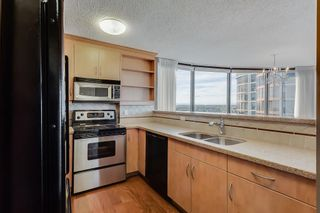 Photo 6: 2121 20 COACHWAY Road SW in Calgary: Coach Hill Apartment for sale : MLS®# C4209212