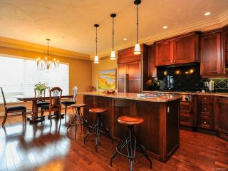 Photo 19: 324 3666 ROYAL VISTA Way in COURTENAY: CV Crown Isle Condo for sale (Comox Valley)  : MLS®# 784611