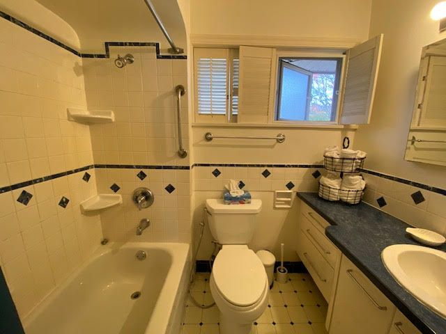 Photo 6: Photos: 1172 Haywood Ave in West Vancouver: Ambleside House for rent