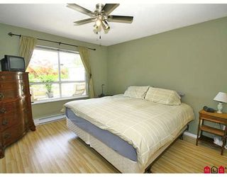 "Photo 6: 101 5556 201A Street in Langley: Langley City Condo for sale in ""MICHAUD GARDENS"" : MLS®# F2822455"