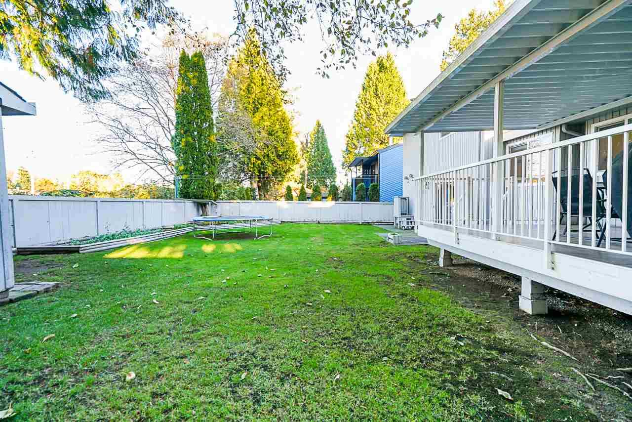 Photo 34: Photos: 12860 CARLUKE Crescent in Surrey: Queen Mary Park Surrey House for sale : MLS®# R2516199