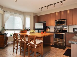Photo 5: 53 7155 189 Street in Surrey: Clayton Townhouse for sale : MLS®# F2830925