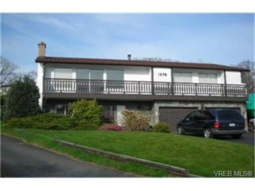 Main Photo:  in VICTORIA: SE Mt Doug House for sale (Saanich East)  : MLS®# 427643