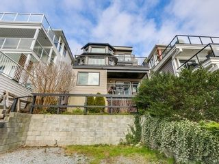 Photo 19: 15328 COLUMBIA Ave in South Surrey White Rock: White Rock Home for sale ()  : MLS®# F1433512