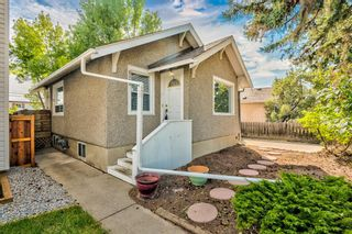 Main Photo: 829 8 Avenue NE in Calgary: Renfrew Detached for sale : MLS®# A1153793