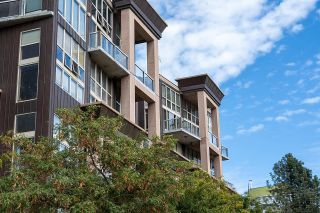 """Photo 25: 403 1529 W 6TH Avenue in Vancouver: False Creek Condo for sale in """"WSIX"""" (Vancouver West)  : MLS®# R2620601"""