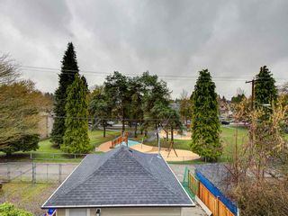 Photo 1: 1372 E 10TH Avenue in Vancouver: Grandview Woodland 1/2 Duplex for sale (Vancouver East)  : MLS®# R2533603