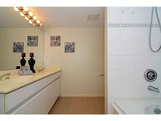 Photo 10: 305 2990 PRINCESS CRESCENT in Coquitlam: Canyon Springs Condo for sale : MLS®# V1142606