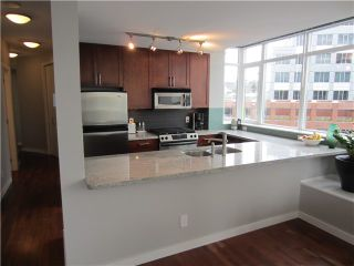 """Photo 7: 402 2055 YUKON Street in Vancouver: False Creek Condo for sale in """"MONTREUX"""" (Vancouver West)  : MLS®# V1051503"""