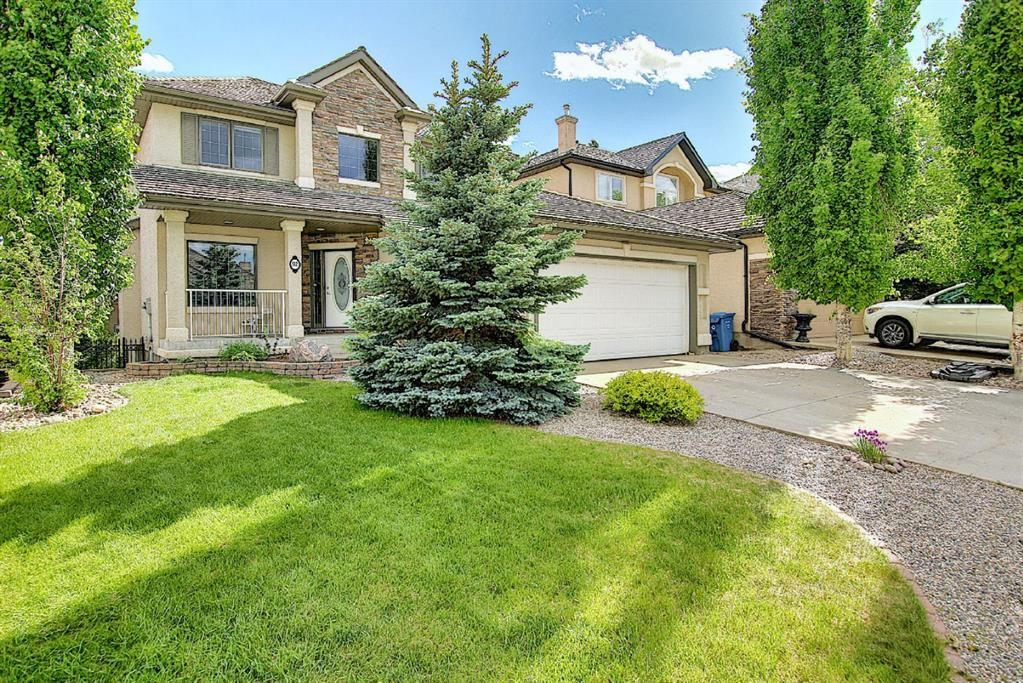 Main Photo: 92 Evergreen Lane SW in Calgary: Evergreen Detached for sale : MLS®# A1123936