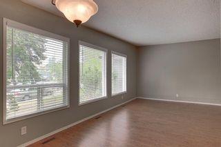 Photo 4: 236 Avonburn Road SE in Calgary: Acadia Semi Detached for sale : MLS®# A1091862