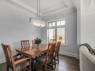 Photo 3: 7458 Maple St in Vancouver: Home for sale : MLS®# V1125075