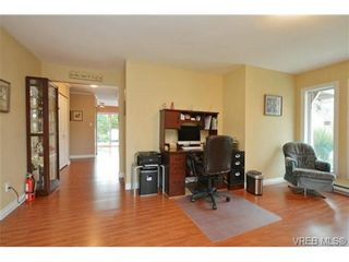 Photo 2: 2526 Toth Pl in VICTORIA: La Mill Hill House for sale (Langford)  : MLS®# 727198