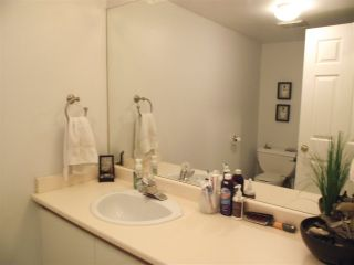 Photo 12: 102 7465 SANDBORNE Avenue in Burnaby: South Slope Condo for sale (Burnaby South)  : MLS®# R2039770