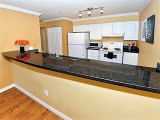 Photo 7: 207 12769 72 Avenue in Surrey: West Newton Condo for sale : MLS®# R2178019