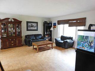 Photo 3: 17 Aspen Ridge Crescent: Rural Sturgeon County House for sale : MLS®# E4229491