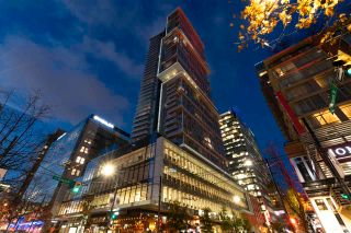 """Photo 33: PH3 777 RICHARDS Street in Vancouver: Downtown VW Condo for sale in """"Telus Garden"""" (Vancouver West)  : MLS®# R2589963"""