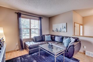 Photo 5: 67 EVERSYDE Circle SW in Calgary: Evergreen Detached for sale : MLS®# C4242781