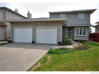 Photo 1: 142 Westchester Drive in WINNIPEG: River Heights / Tuxedo / Linden Woods Residential for sale (South Winnipeg)  : MLS®# 1520463