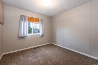 Photo 5: 10 4714 Muir Rd in : CV Courtenay East Manufactured Home for sale (Comox Valley)  : MLS®# 863668