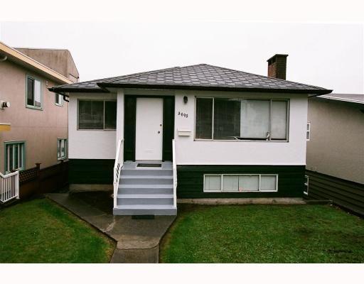"""Main Photo: 3695 NANAIMO Street in Vancouver: Grandview VE House for sale in """"GRANDVIEW"""" (Vancouver East)  : MLS®# V790977"""