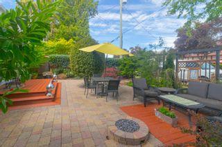 Photo 18: 422 Lampson St in : Es Saxe Point Half Duplex for sale (Esquimalt)  : MLS®# 877786